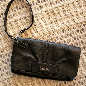 NWOT💞VINTAGE COACH BLACK LEATHER WRISTLET💞